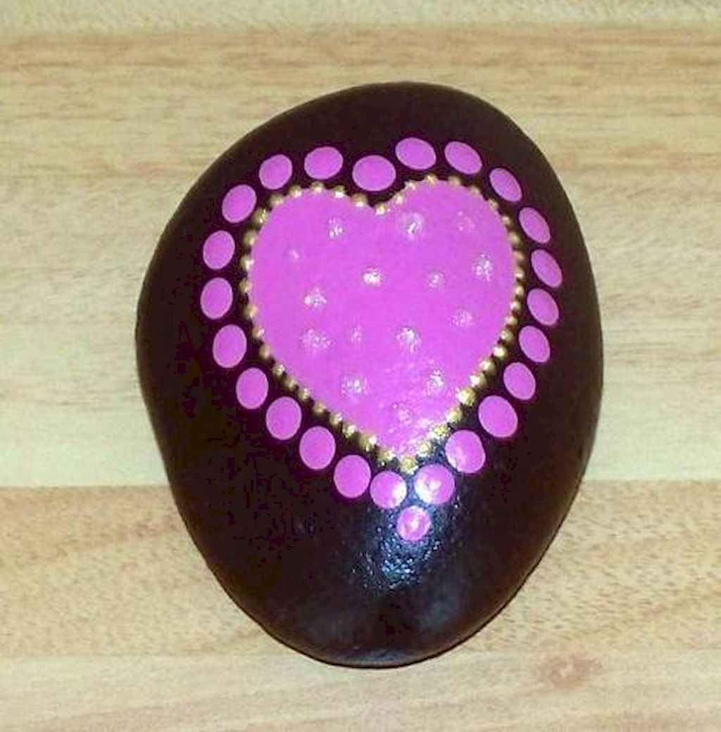 80 romantic valentine painted rocks ideas diy for girl (48)