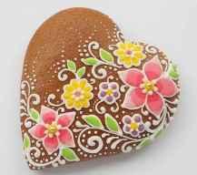 80 romantic valentine painted rocks ideas diy for girl (72)