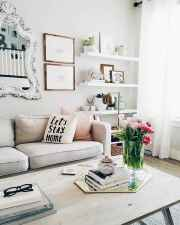 80 smart solution small apartment living room decor ideas (39)