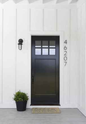 90 awesome front door farmhouse entrance decor ideas (12)