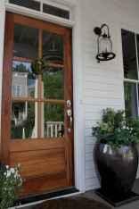 90 awesome front door farmhouse entrance decor ideas (16)