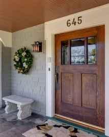 90 awesome front door farmhouse entrance decor ideas (41)