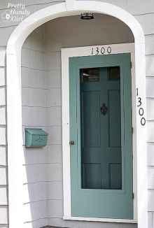 90 awesome front door farmhouse entrance decor ideas (79)