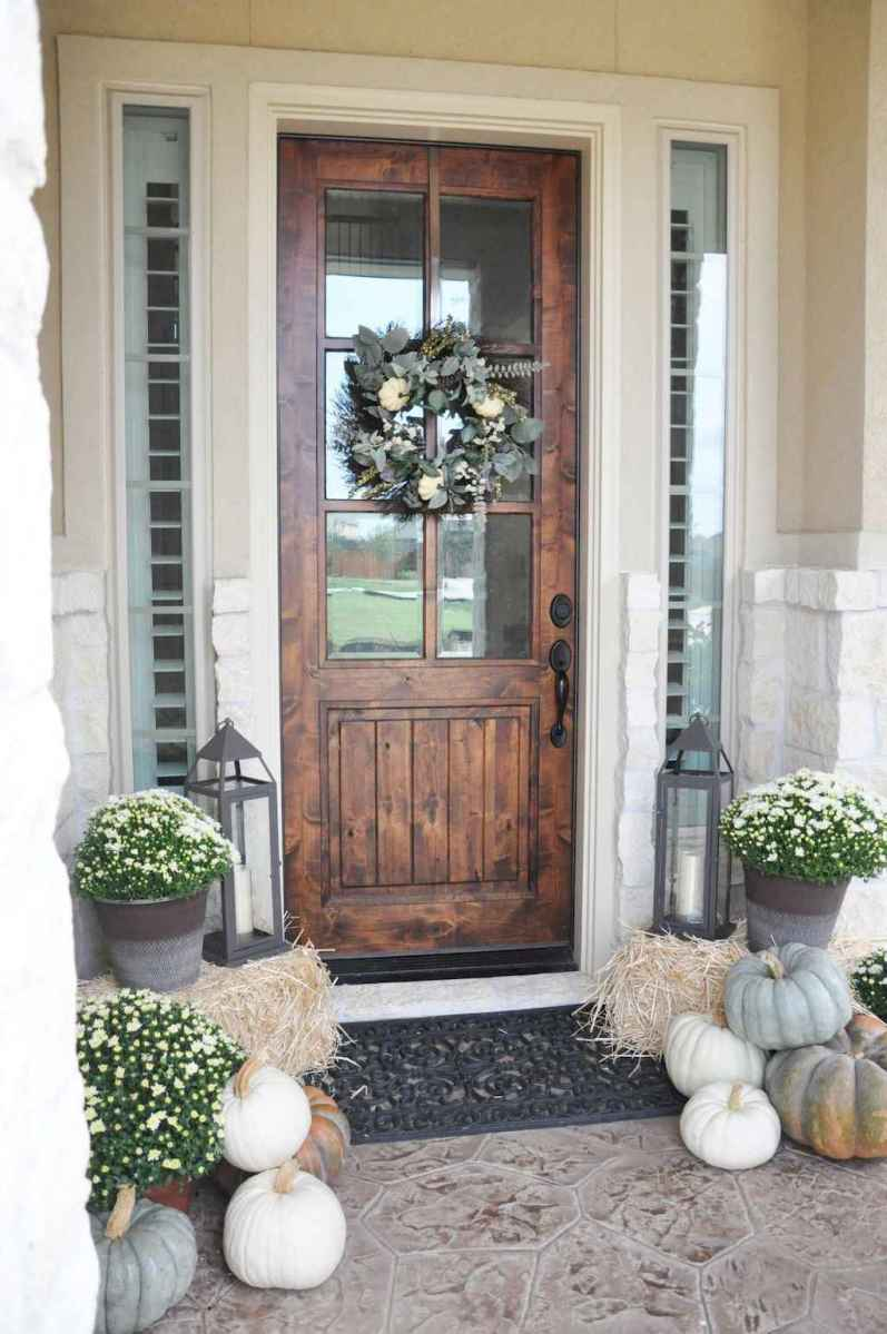 90 Awesome Front Door Farmhouse Entrance Decor Ideas 95