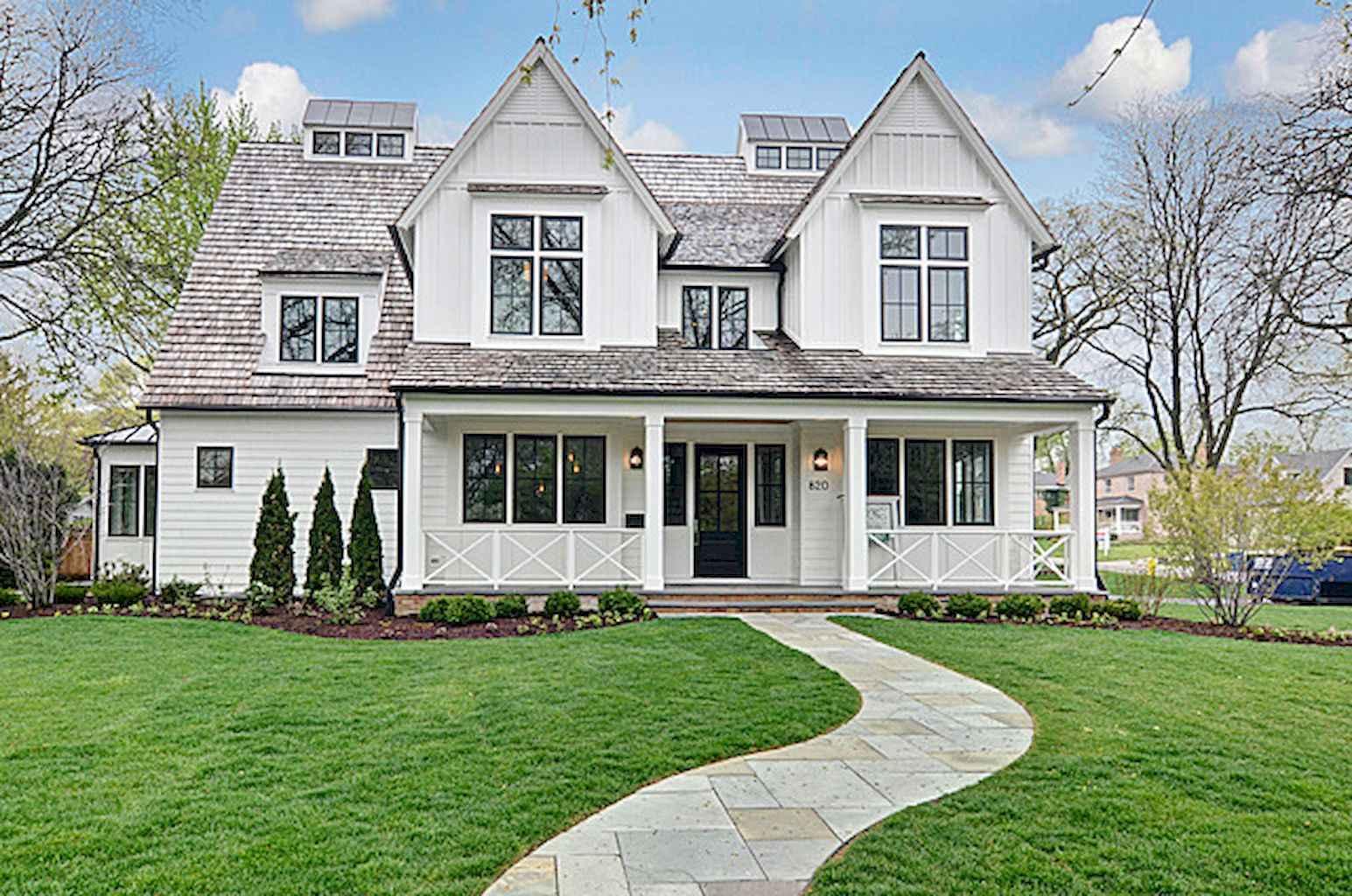 90 Incredible Modern Farmhouse Exterior Design Ideas (62