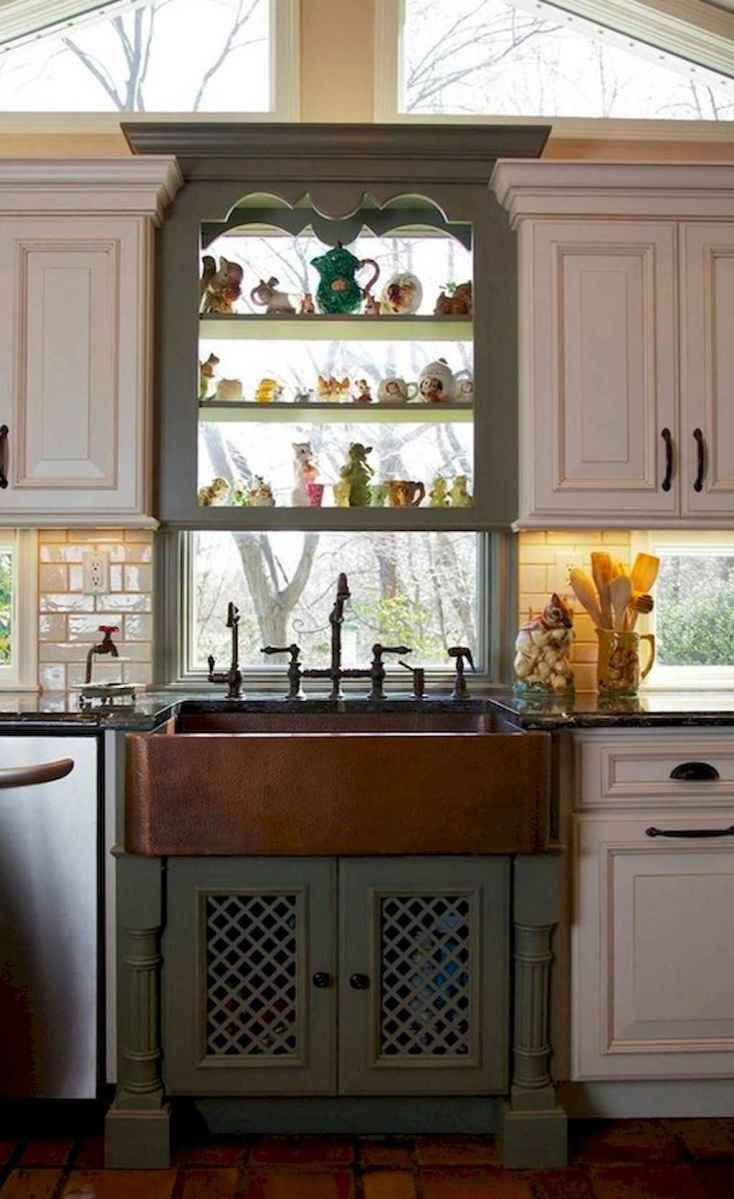90 pretty farmhouse kitchen cabinet design ideas (57)