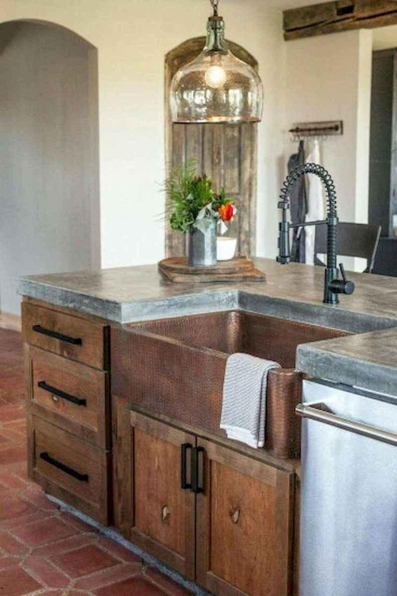 90 pretty farmhouse kitchen cabinet design ideas (85)