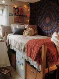 100+ cute loft beds college dorm room design ideas for girl (17)