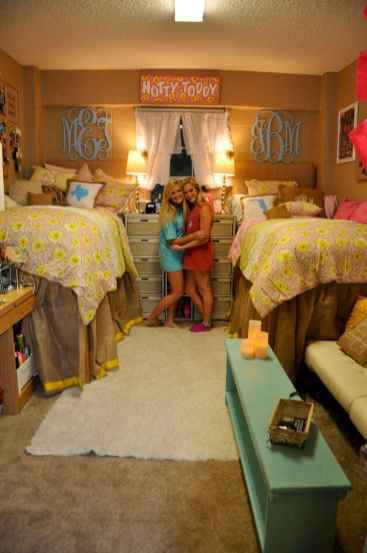 100+ cute loft beds college dorm room design ideas for girl (6)