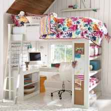 100+ cute loft beds college dorm room design ideas for girl (60)