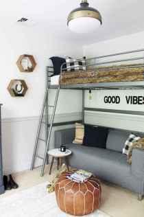 100+ cute loft beds college dorm room design ideas for girl (70)