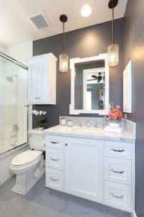 111 small bathroom remodel on a budget for first apartment ideas (57)