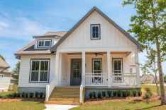 60 rustic farmhouse exterior decor ideas (51)