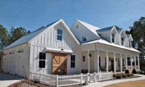 60 rustic farmhouse exterior decor ideas (53)