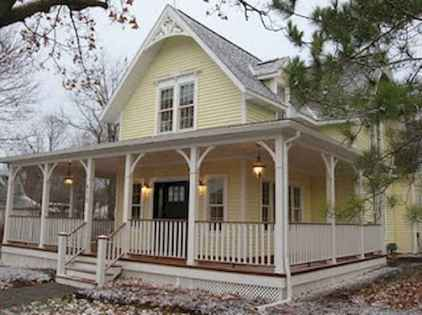 65 stunning farmhouse porch railing decor ideas (29)