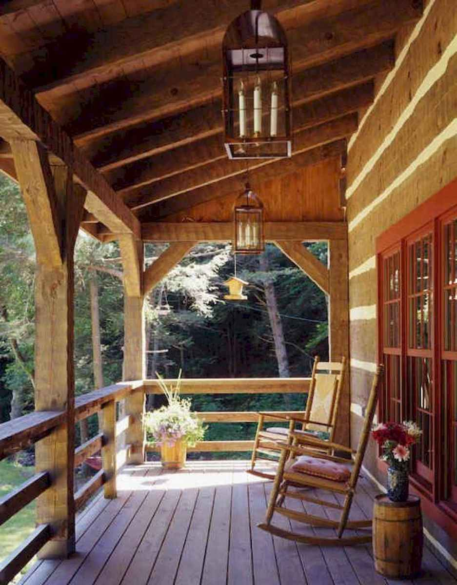65 stunning farmhouse porch railing decor ideas (35)