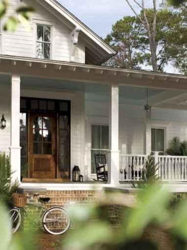 65 stunning farmhouse porch railing decor ideas (41)