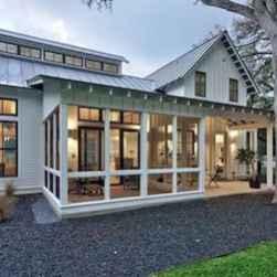 65 stunning farmhouse porch railing decor ideas (49)