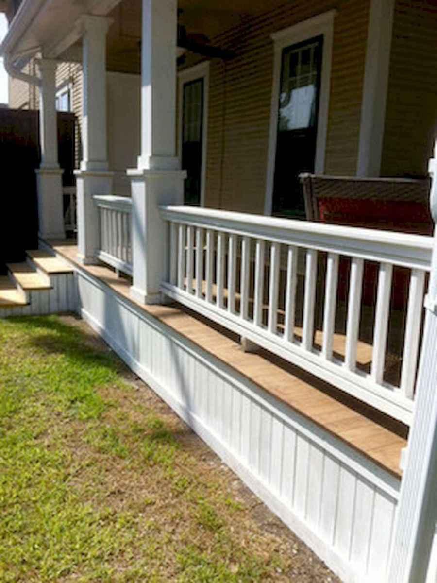 65 stunning farmhouse porch railing decor ideas (56)