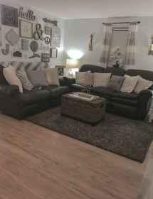 66 best farmhouse living room remodel ideas (30)
