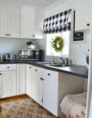 70 pretty farmhouse kitchen curtains decor ideas (13)
