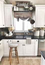 70 pretty farmhouse kitchen curtains decor ideas (5)