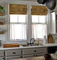 70 pretty farmhouse kitchen curtains decor ideas (55)