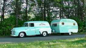 70 spectacular vintage trailers rv living ideas (32)