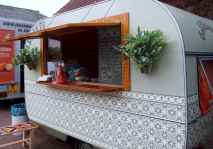 70 spectacular vintage trailers rv living ideas (48)
