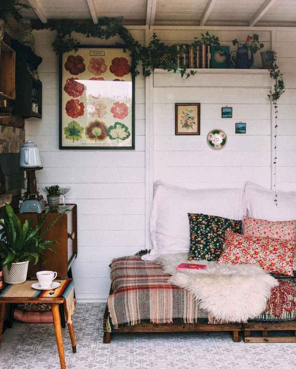 88 beautiful apartment living room decor ideas with boho style (1)