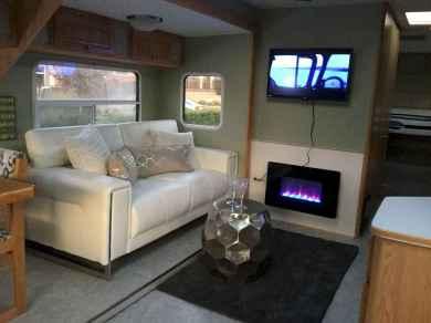 90 modern rv remodel travel trailers ideas (46)