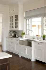 Best 100 white kitchen cabinets decor ideas for farmhouse style design (26)