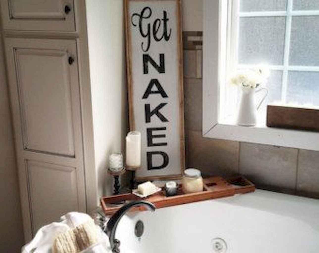 110 best farmhouse bathroom decor ideas (39)