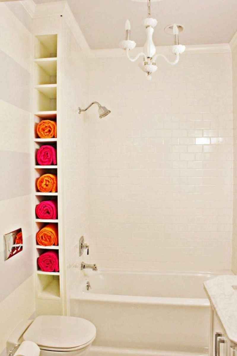 111 awesome small bathroom remodel ideas on a budget (61)