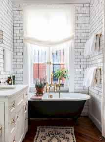 111 awesome small bathroom remodel ideas on a budget (69)