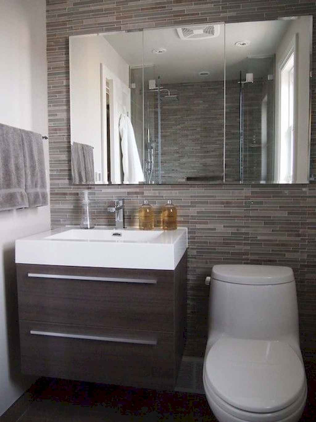 111 awesome small bathroom remodel ideas on a budget (78)