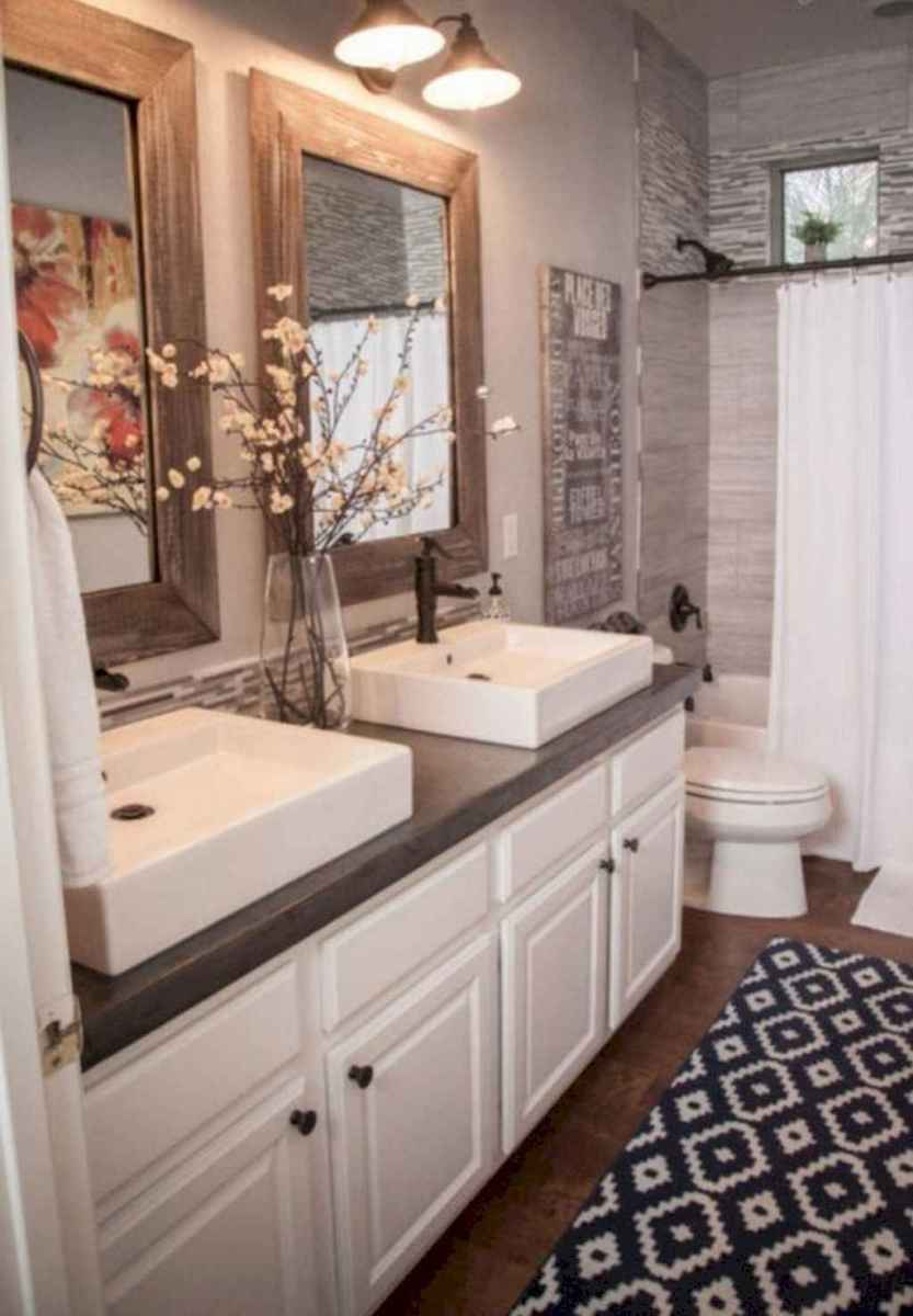125 awesome farmhouse bathroom vanity remodel ideas (102)