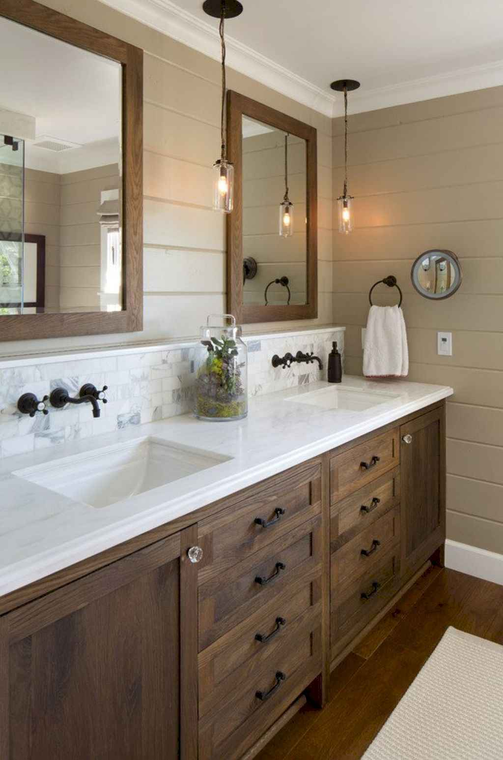 125 awesome farmhouse bathroom vanity remodel ideas (111)