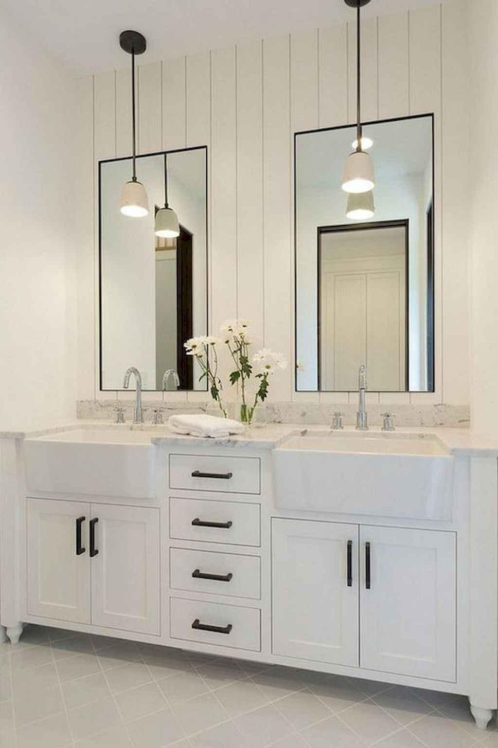 125 awesome farmhouse bathroom vanity remodel ideas (112)