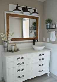 125 awesome farmhouse bathroom vanity remodel ideas (37)
