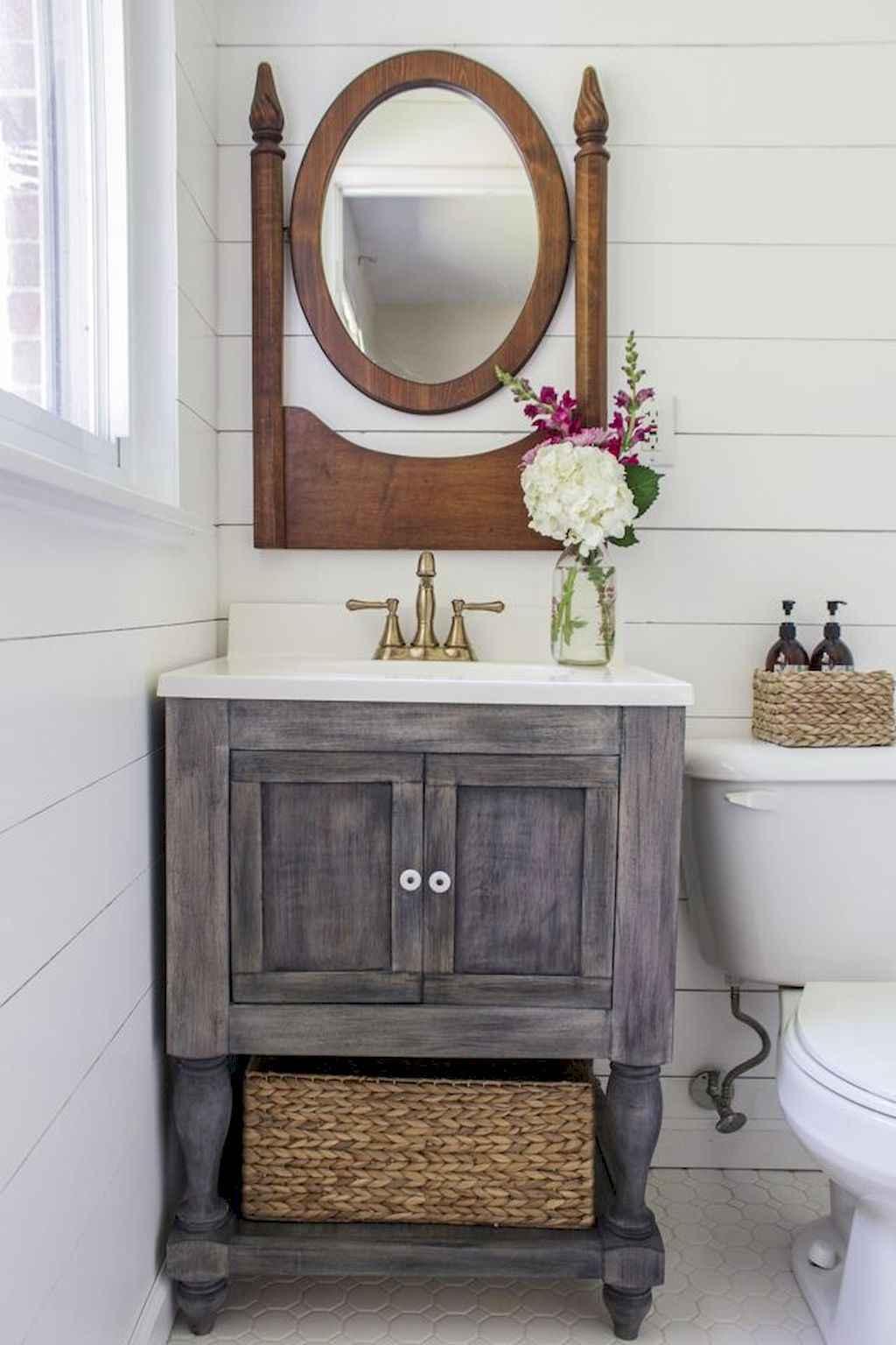 125 awesome farmhouse bathroom vanity remodel ideas (43)