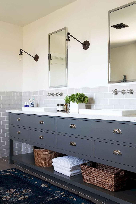 125 awesome farmhouse bathroom vanity remodel ideas (48)