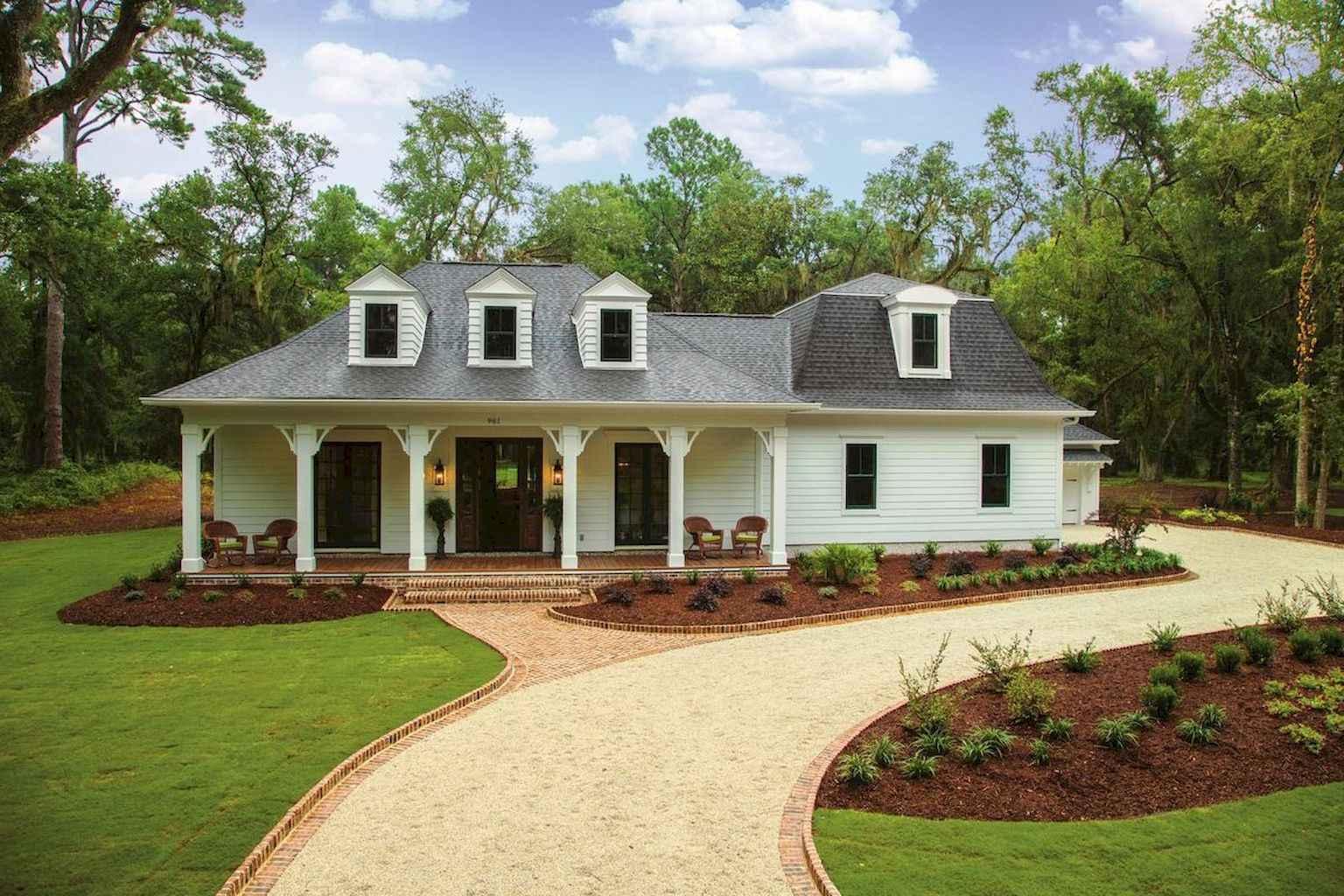 80 awesome plantation homes farmhouse design ideas (20)