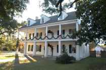 80 awesome plantation homes farmhouse design ideas (57)