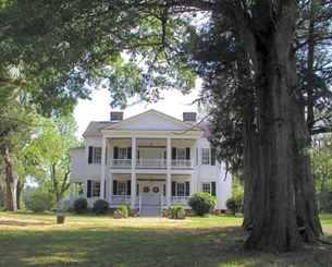 80 awesome plantation homes farmhouse design ideas (63)