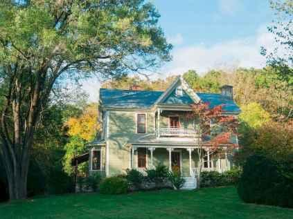 80 awesome victorian farmhouse plans design ideas (4)