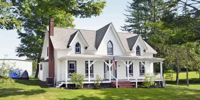 80 awesome victorian farmhouse plans design ideas (54)