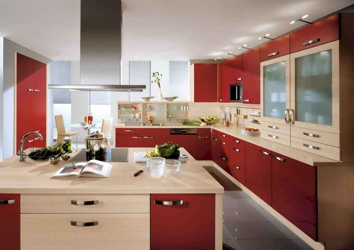 Best 40 colorful kitchen cabinet remodel ideas for first apartment (19)