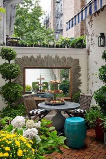 140 beautiful backyard landscaping decor ideas (133)