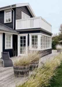 35 handsome black house exterior decor ideas (33)